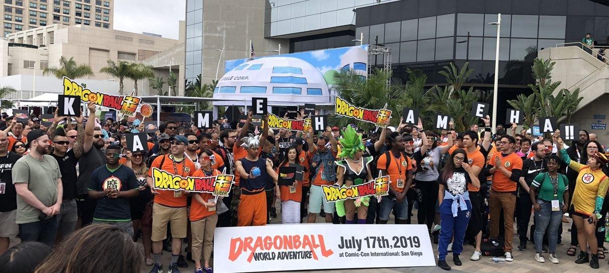 Dragon Ball | Fãs tentam bater recorde de maior Kamehameha na SDCC 2019