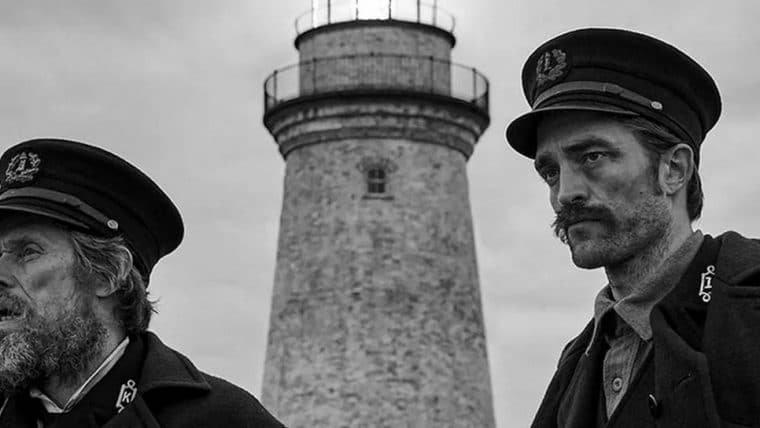 The Lighthouse | Robert Pattinson e Willem Dafoe contemplam a loucura em trailer