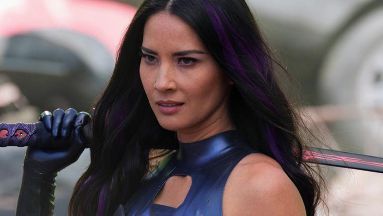 Olivia Munn ficou frustrada com falta de conhecimento do diretor Bryan Singer sobre X-Men