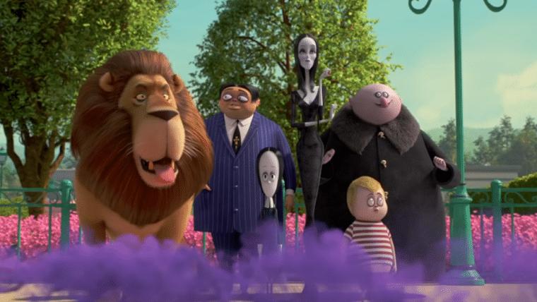 A Família Addams tenta se adaptar a uma nova vizinhança em trailer da animação
