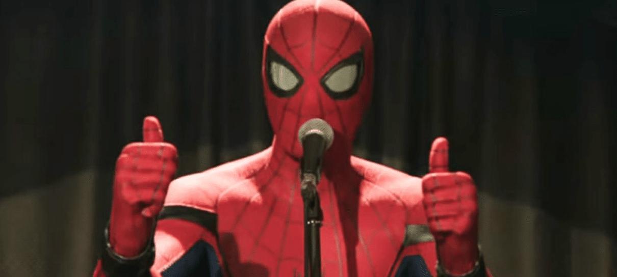 Tom Holland promete que próximo filme do Homem-Aranha será