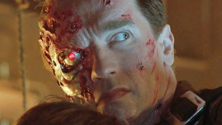 Schwarzenegger deseja um feliz dia do julgamento para os fãs de O Exterminador do Futuro