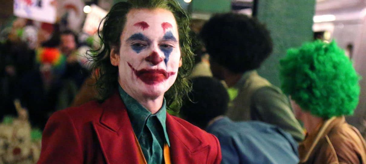 Rede de cinemas proíbe máscaras e fantasias em sessões de Coringa