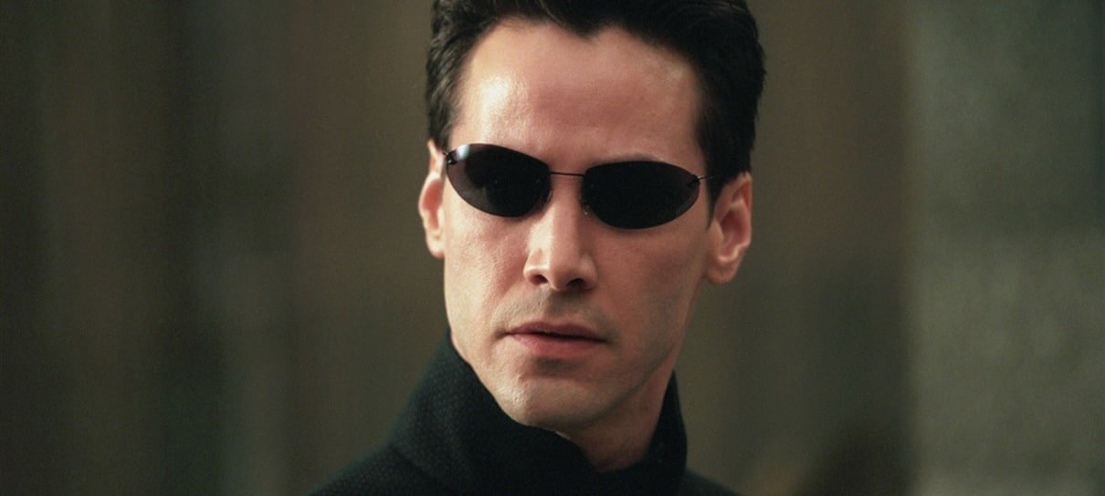 Keanu Reeves diz que Matrix 4 é