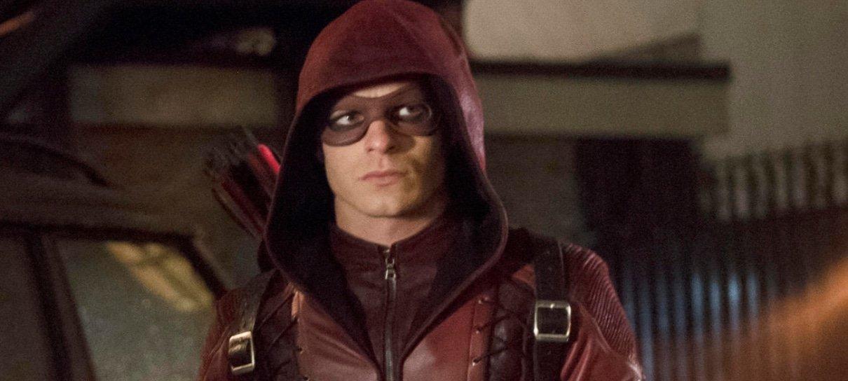 Roy Haper estará de volta para a última temporada de Arrow