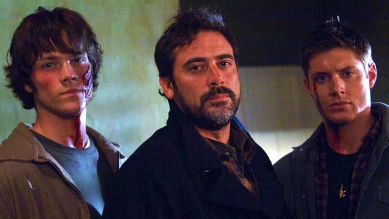 Supernatural | Com a estreia da última temporada, atores fazem tatuagem juntos