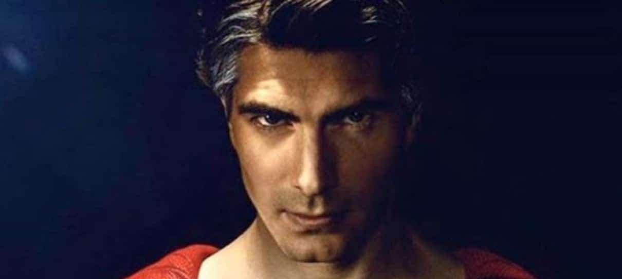 Superman de Brandon Routh é editor-chefe do Planeta Diário no crossover do Arrowverse