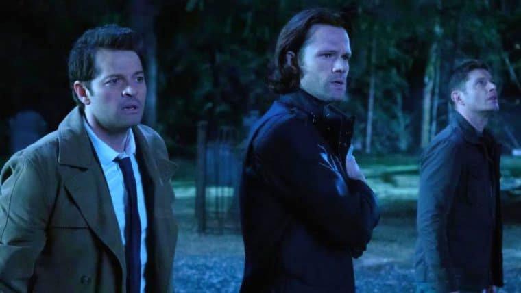 Atores de Supernatural agradecem aos fãs em vídeo