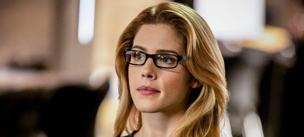 Arrow | Felicity Smoak estará de volta no último episódio da série