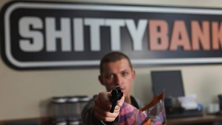 Cherry | Tom Holland assalta um banco em foto do novo filme dos irmãos Russo