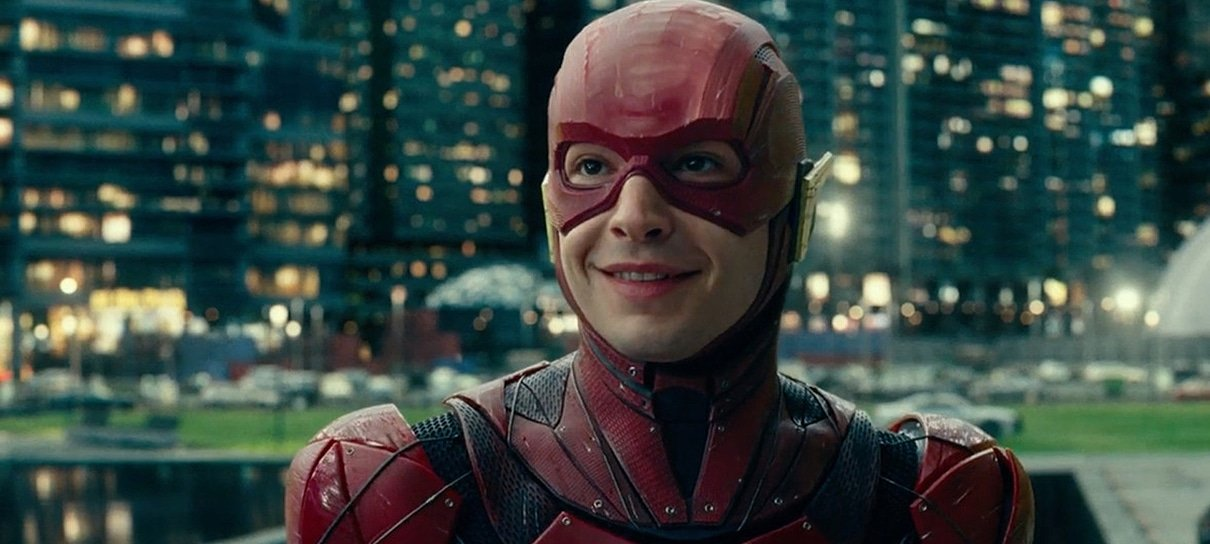 Zack Snyder divulga nova foto de Barry Allen em Batman vs Superman