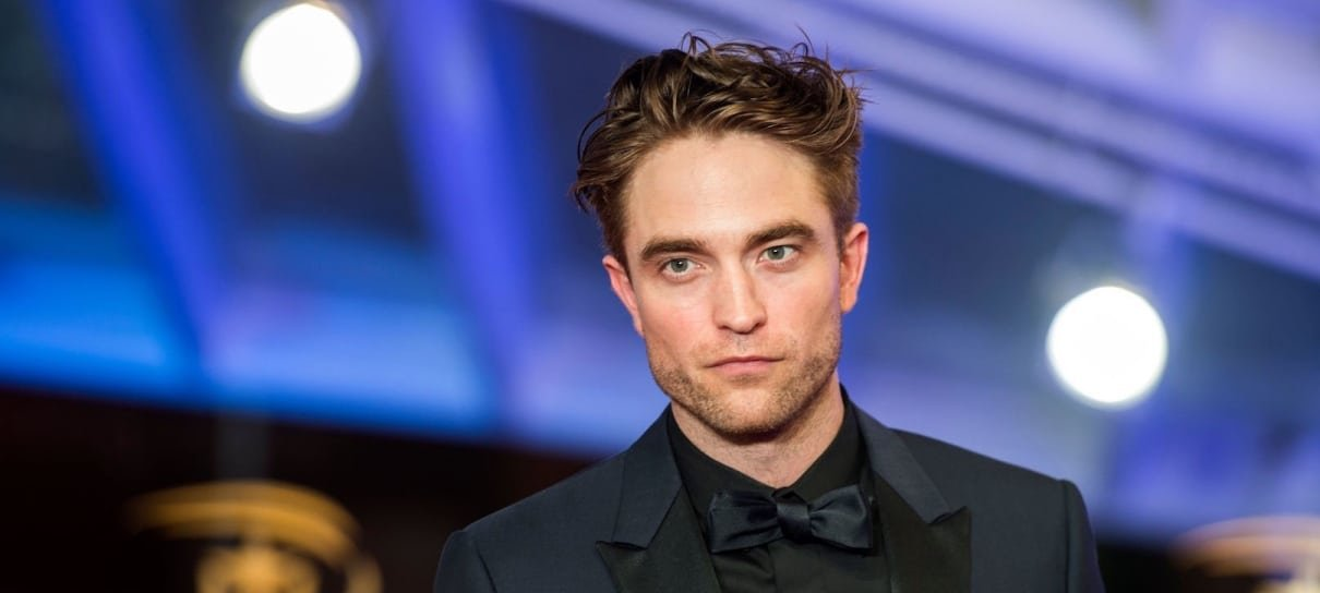 Robert Pattinson considera