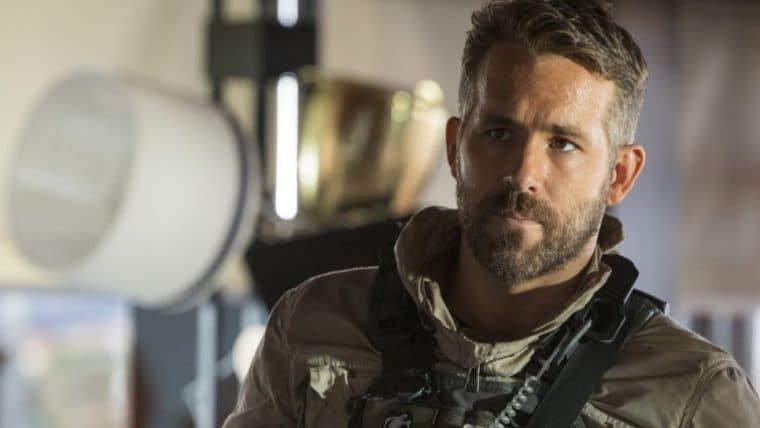 Ryan Reynolds pede