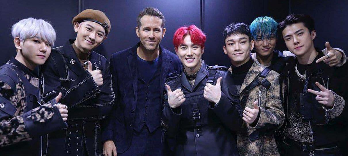 Ryan Reynolds publica foto com EXO e brinca: