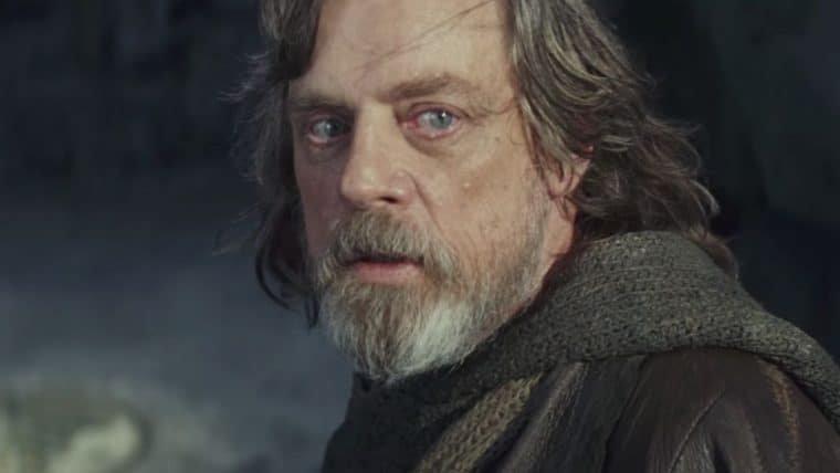Star Wars | Mark Hamill zoa John Boyega por ter perdido o roteiro do filme
