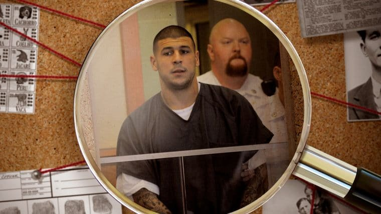 Os crimes de Aaron Hernandez, astro do futebol americano