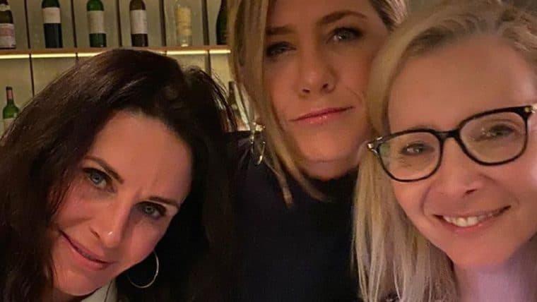 Atrizes de Friends se reúnem em foto de aquecer o coração