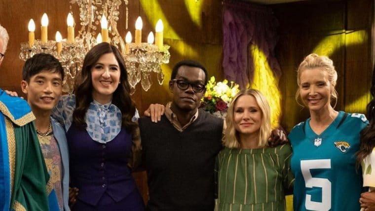 Lisa Kudrow, a Phoebe de Friends, faz participação em The Good Place