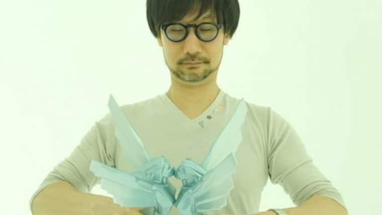 Hideo Kojima mostra que também consegue fazer seus prêmios se beijarem