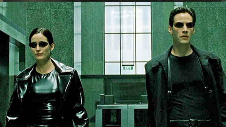 Matrix 4 | Keanu Reeves e Carrie-Anne Moss aparecem juntos em set de filmagens