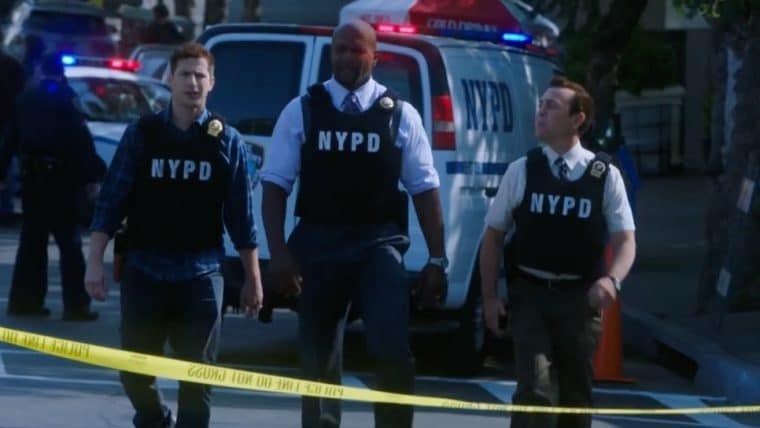 Brooklyn Nine-Nine ganha trailer inspirado em Esquadrão Classe A