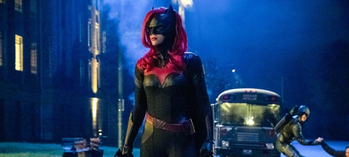 Batwoman chega ao Brasil em abril