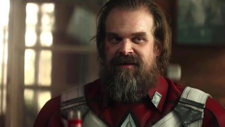David Harbour acha que Guardião vermelho é o melhor personagem do MCU