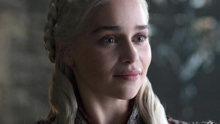 Emilia Clarke, de Game of Thrones, quer fazer algo