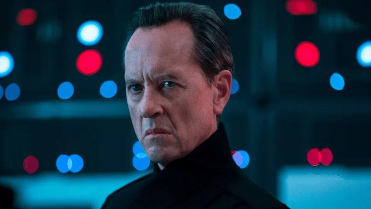 Loki | Richard E. Grant entra para o elenco da série