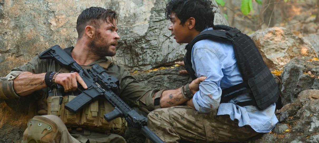 Resgate, filme da Netflix estrelado por Chris Hemsworth, ganha pôster