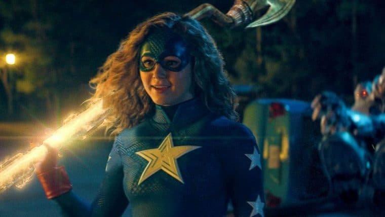 Stargirl | Nova série da DC tem lançamento adiado