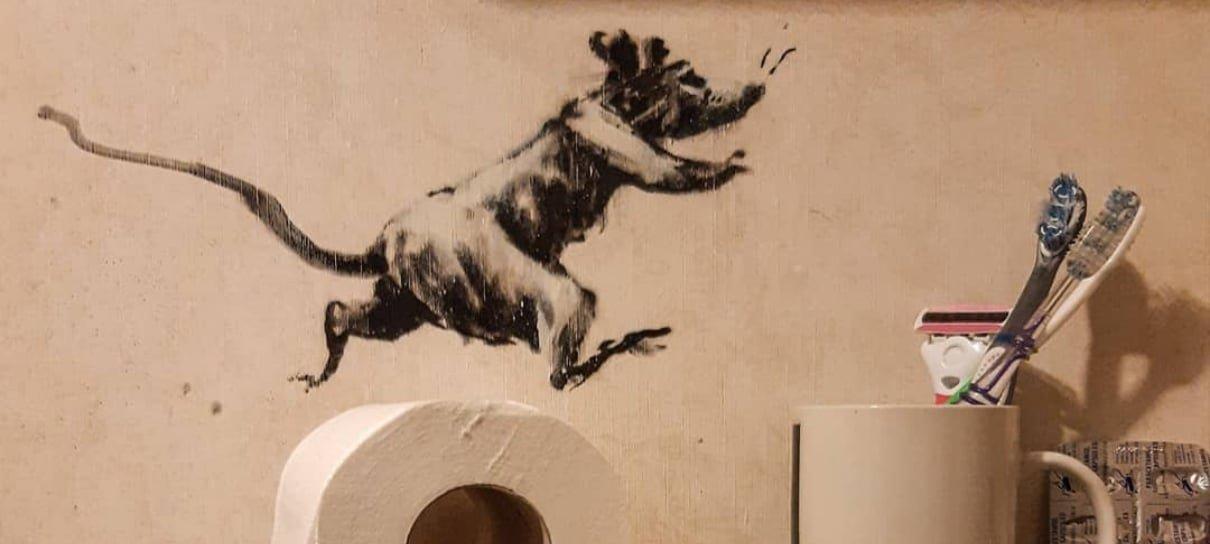 Banksy respeita o isolamento e faz intervenção artística dentro da própria casa