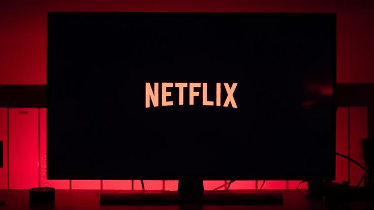 Alguns filmes e séries da Netflix estão sem dublagem por causa do coronavírus
