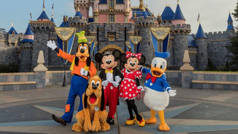 Parques da Disney podem ficar fechados até 2021, diz site