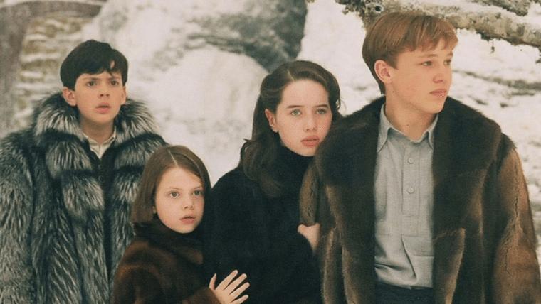 Elenco de As Crônicas de Narnia se surpreende com figurinos do primeiro filme