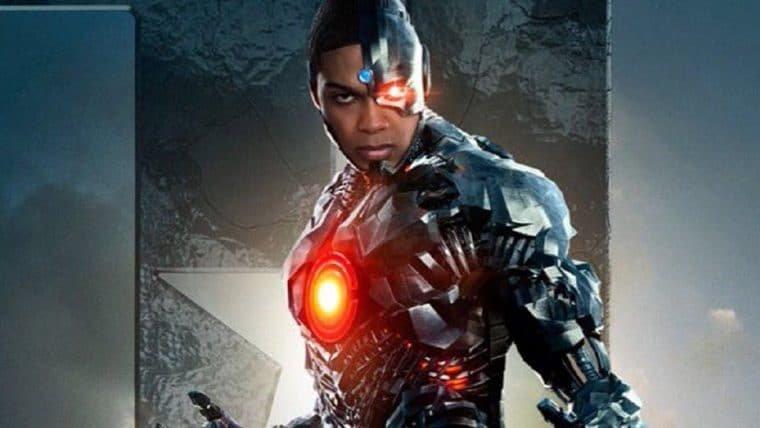 Ray Fisher, o Ciborgue de Liga da Justiça, agradece fãs pelo Snyder Cut e se emociona