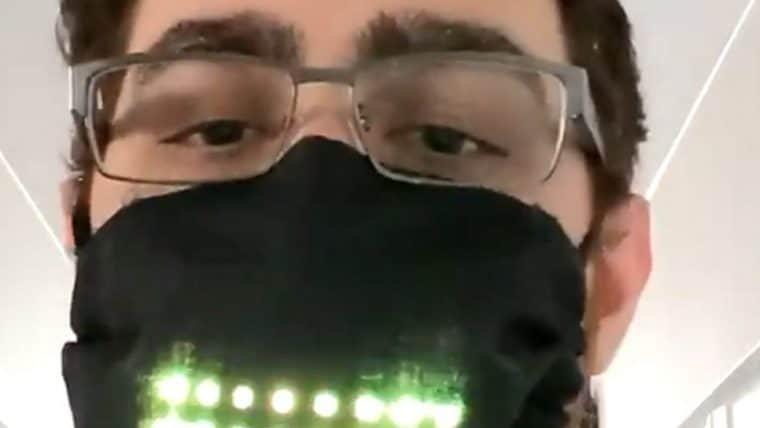 Máscara facial com visor digital nos deixa mais próximos do futuro cyberpunk