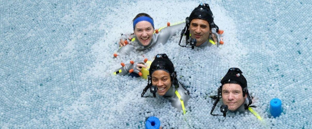 Avatar | Nova foto traz atores em tanque de água