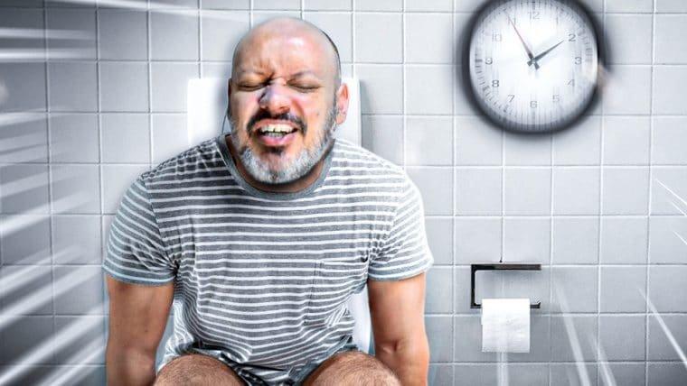 15 minutos pra usar o banheiro