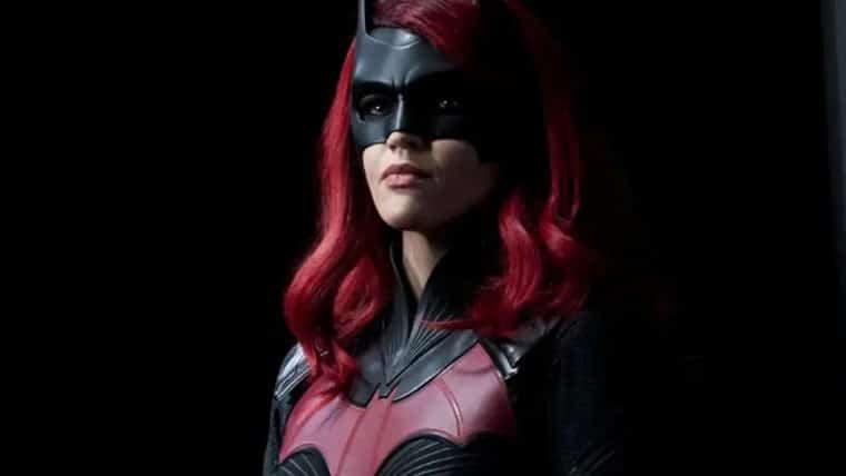 Batwoman | Nova personagem assumirá o manto da heroína