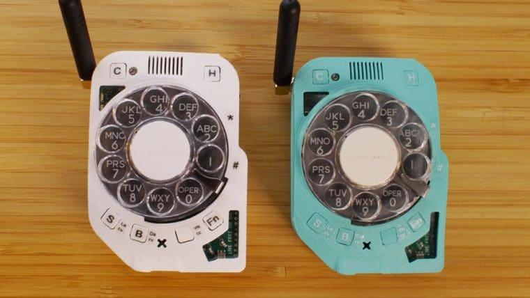 Alguém inventou um celular que é um telefone de disco e custa no mínimo US$ 140