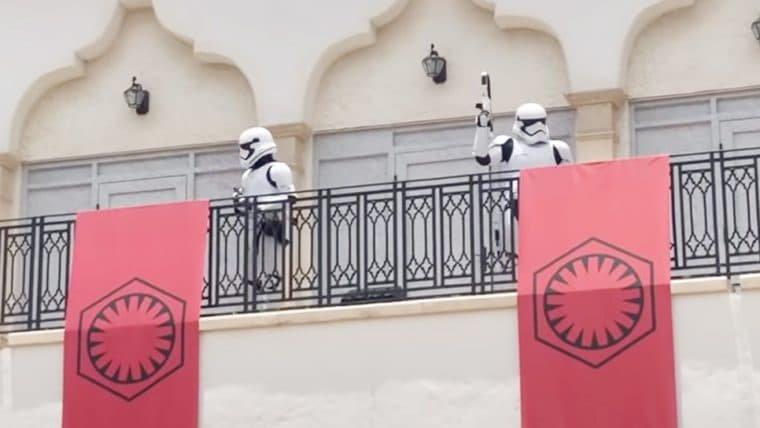 Disney Springs usa Stormtroppers para incentivar o distanciamento social
