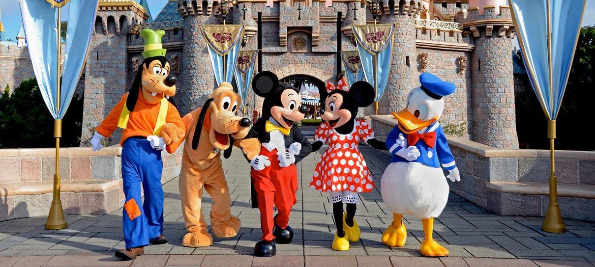 Reabertura da Disneyland é adiada por tempo indeterminado