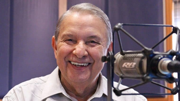 José Paulo de Andrade, apresentador do programa de rádio Pulo do Gato, morre aos 78 anos