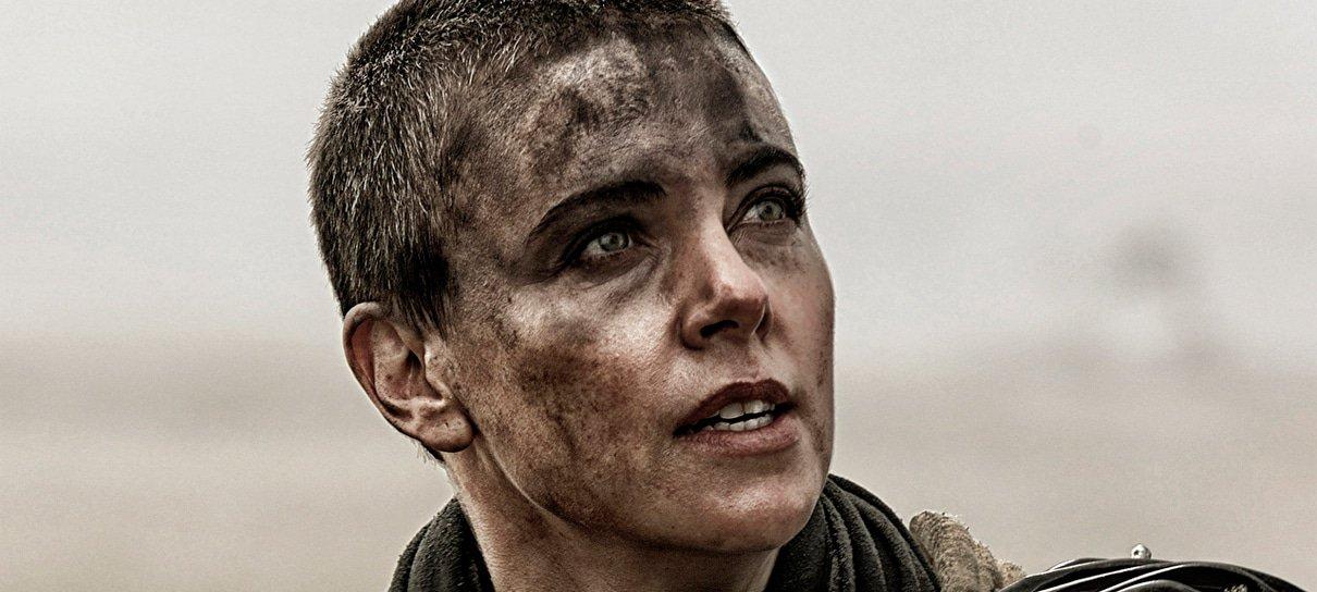 Mad Max | Charlize Theron diz que ausência no spin-off de Furiosa é