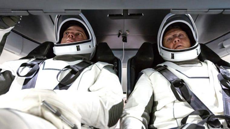 Astronautas do primeiro voo tripulado da SpaceX já tem data para voltar