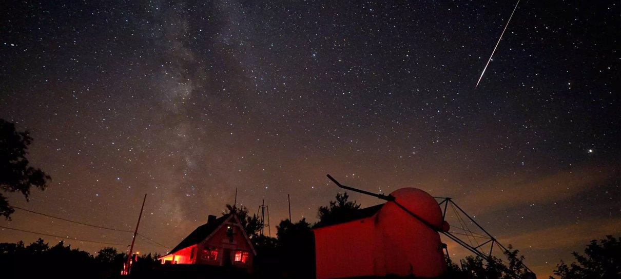 Como assistir à chuva de meteoros que passa pela Terra nesta semana