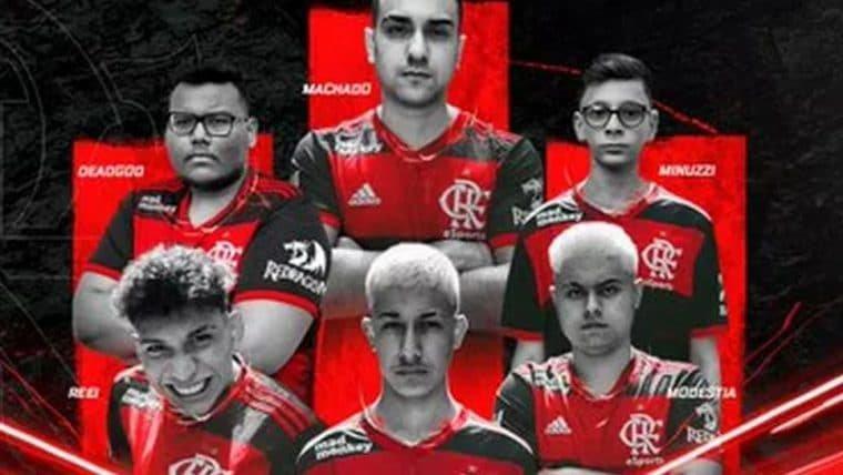 Flamengo anuncia time de Free Fire