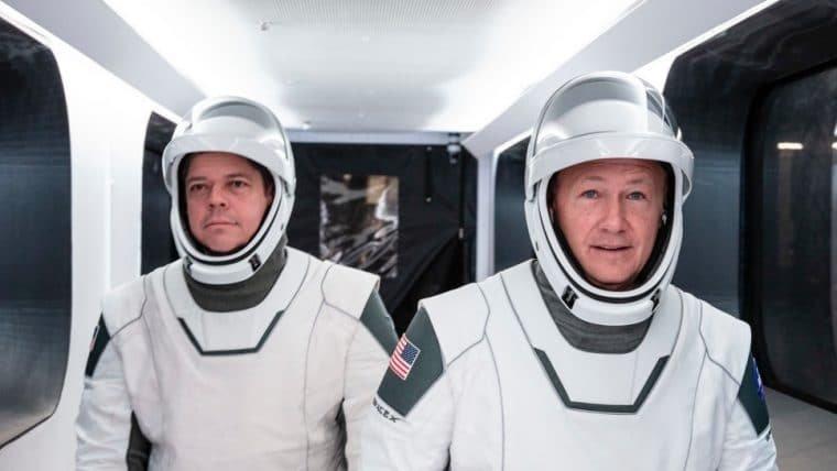 Astronautas do primeiro voo tripulado da SpaceX voltam à Terra neste sábado; assista