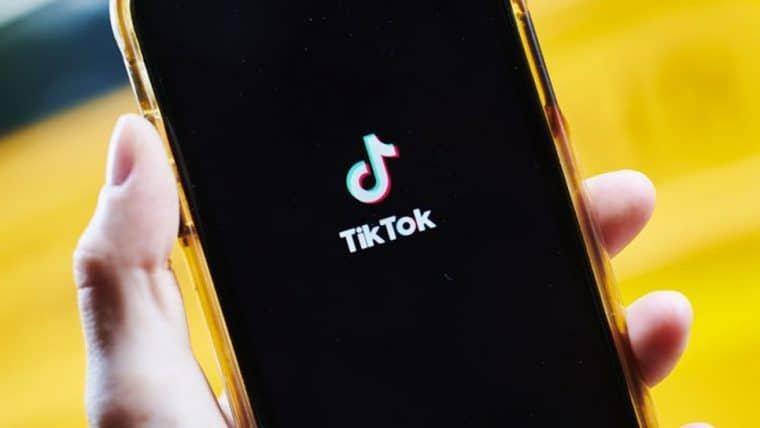 CEO do TikTok deixa a empresa